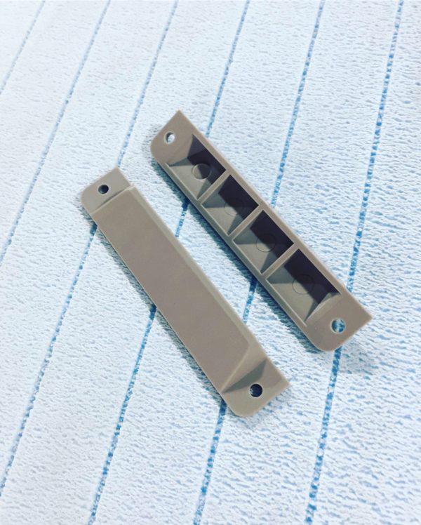 Заглушка пластиковая для профиля крепления груза